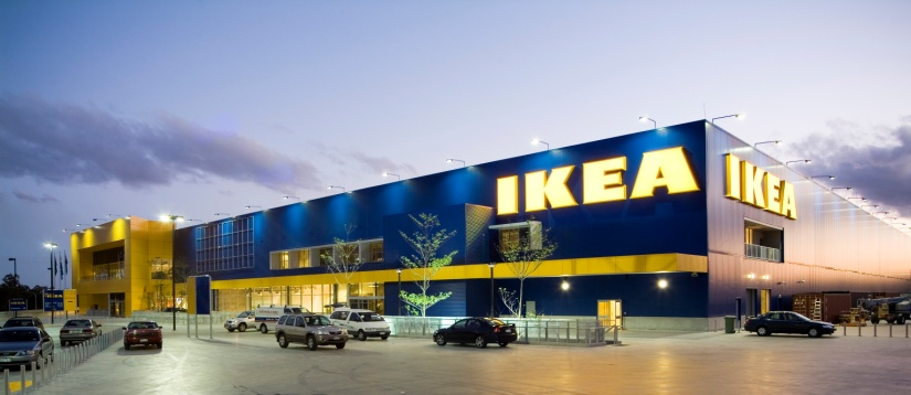 IKEA ( IKEA Drive, Paramus, NJ): IKEA has three areas where children can enjoy themselves (and they're free). The showroom on the 2nd floor is great for kids to explore the model rooms and toys. The showroom on the 2nd floor is great for kids to explore the model rooms and toys.