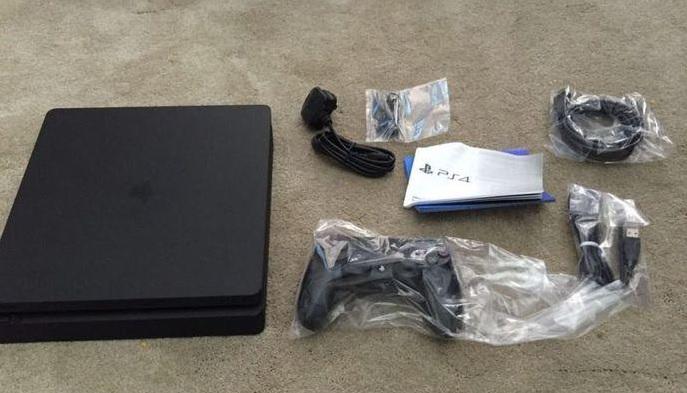 PS4 Mini